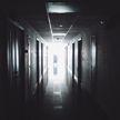 В Москве главврача больницы уволили после публикации видео, на котором медсестры издеваются над пожилой пациенткой