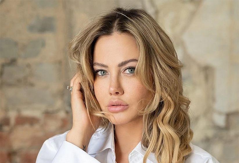 «Я сама виновата, что, будучи 25-летней, согласилась на этот образ Барби на экране»: самая сексуальная белорусская телеведущая рассказала, как разбивает стереотипы о себе